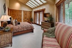 Bedroom 9 of 12