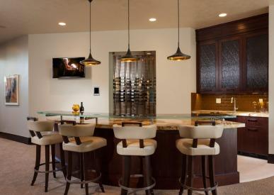 Bar and wine cellar