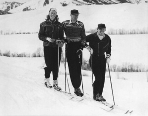Ingrid Bergman, Gary Cooper and Clark Gable at Sun Valley Resort. Photo by 24.media.tumblr.com